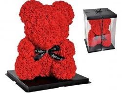 Medvedík z červených ruží